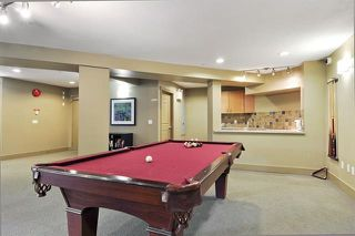Photo 19: 305 300 KLAHANIE DRIVE in Port Moody: Port Moody Centre Condo for sale : MLS®# R2174432