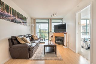 """Photo 9: 1009 2763 CHANDLERY Place in Vancouver: Fraserview VE Condo for sale in """"THE RIVER DANCE"""" (Vancouver East)  : MLS®# R2202828"""