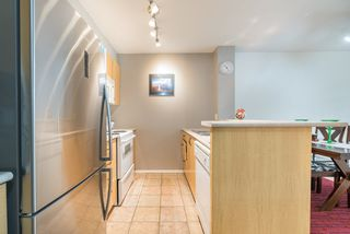 """Photo 5: 1009 2763 CHANDLERY Place in Vancouver: Fraserview VE Condo for sale in """"THE RIVER DANCE"""" (Vancouver East)  : MLS®# R2202828"""