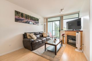 """Photo 10: 1009 2763 CHANDLERY Place in Vancouver: Fraserview VE Condo for sale in """"THE RIVER DANCE"""" (Vancouver East)  : MLS®# R2202828"""