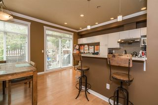 "Photo 12: 11 15068 58TH Street in Surrey: Sullivan Station Townhouse for sale in ""Summer Ridge"" : MLS®# R2205404"