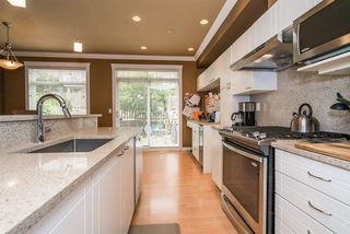 "Photo 6: 11 15068 58TH Street in Surrey: Sullivan Station Townhouse for sale in ""Summer Ridge"" : MLS®# R2205404"
