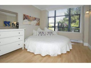 """Photo 5: # 101 1725 BALSAM ST in Vancouver: Kitsilano Condo for sale in """"BALSAM HOUSE"""" (Vancouver West)  : MLS®# V968732"""