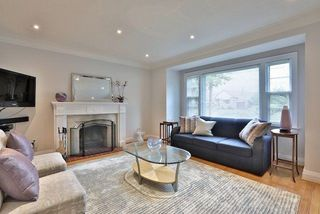 Photo 7: 60 Brookview Drive in Toronto: Englemount-Lawrence House (2-Storey) for sale (Toronto C04)  : MLS®# C3950603