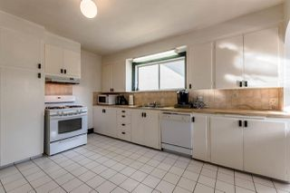 Photo 5: 2886 TRINITY Street in Vancouver: Hastings East House for sale (Vancouver East)  : MLS®# R2219306