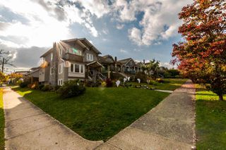 Photo 2: 2886 TRINITY Street in Vancouver: Hastings East House for sale (Vancouver East)  : MLS®# R2219306