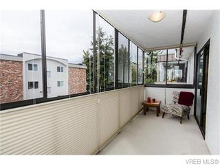 Photo 8: 402 1052 Rockland Avenue in VICTORIA: Vi Downtown Residential for sale (Victoria)  : MLS®# 370258