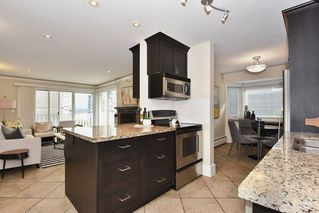 "Photo 8: 202 2365 W 3RD Avenue in Vancouver: Kitsilano Condo for sale in ""Landmark Horizon"" (Vancouver West)  : MLS®# R2244151"