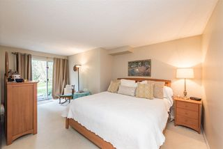 """Photo 17: 18 9000 ASH GROVE Crescent in Burnaby: Forest Hills BN Townhouse for sale in """"ASHBROOK PLACE"""" (Burnaby North)  : MLS®# R2244373"""