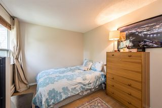 """Photo 12: 18 9000 ASH GROVE Crescent in Burnaby: Forest Hills BN Townhouse for sale in """"ASHBROOK PLACE"""" (Burnaby North)  : MLS®# R2244373"""