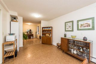 """Photo 5: 18 9000 ASH GROVE Crescent in Burnaby: Forest Hills BN Townhouse for sale in """"ASHBROOK PLACE"""" (Burnaby North)  : MLS®# R2244373"""