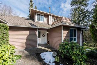 """Photo 1: 18 9000 ASH GROVE Crescent in Burnaby: Forest Hills BN Townhouse for sale in """"ASHBROOK PLACE"""" (Burnaby North)  : MLS®# R2244373"""