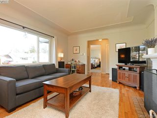 Photo 4: 3232 Frechette St in VICTORIA: SE Camosun Single Family Detached for sale (Saanich East)  : MLS®# 780628