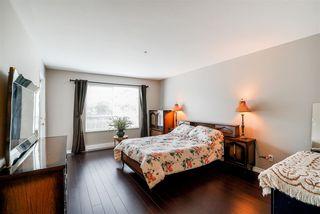"Photo 14: 201 15375 17 Avenue in Surrey: King George Corridor Condo for sale in ""Carmel Court"" (South Surrey White Rock)  : MLS®# R2275453"