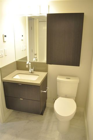 """Photo 6: 1307 8189 CAMBIE Street in Vancouver: Marpole Condo for sale in """"NORTHWEST"""" (Vancouver West)  : MLS®# R2277877"""
