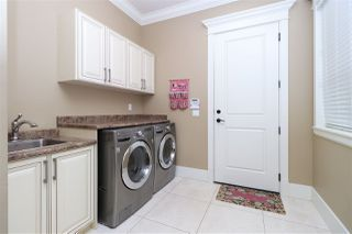 Photo 12: 9860 GILHURST Crescent in Richmond: Broadmoor House for sale : MLS®# R2286149