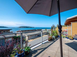 "Main Photo: 6494 EMBER Place in Sechelt: Sechelt District Townhouse for sale in ""The Second Wave - Wakefield Beach"" (Sunshine Coast)  : MLS®# R2300270"