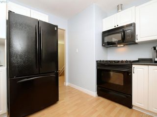 Photo 9: A 652 Hoylake Ave in VICTORIA: La Thetis Heights Half Duplex for sale (Langford)  : MLS®# 797217