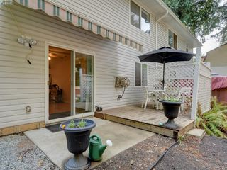 Photo 18: A 652 Hoylake Ave in VICTORIA: La Thetis Heights Half Duplex for sale (Langford)  : MLS®# 797217