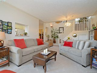 Photo 4: 6 300 Six Mile Road in VICTORIA: VR Six Mile Townhouse for sale (View Royal)  : MLS®# 400632