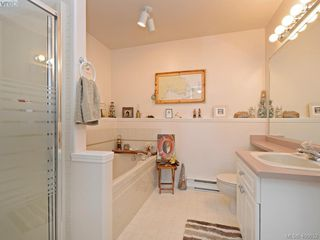 Photo 14: 6 300 Six Mile Road in VICTORIA: VR Six Mile Townhouse for sale (View Royal)  : MLS®# 400632