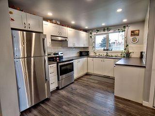 Photo 3: 50 Sheridan Drive: St. Albert House for sale : MLS®# E4135125