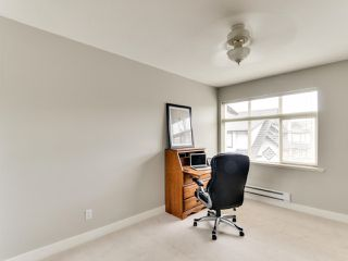 "Photo 15: 102 19932 70 Avenue in Langley: Willoughby Heights Townhouse for sale in ""SUMMERWOOD"" : MLS®# R2335407"