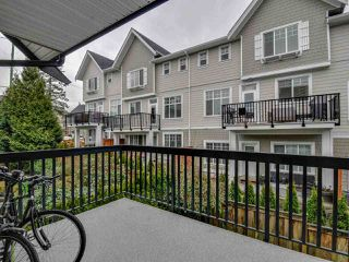 "Photo 7: 102 19932 70 Avenue in Langley: Willoughby Heights Townhouse for sale in ""SUMMERWOOD"" : MLS®# R2335407"