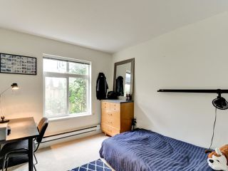 """Photo 18: 102 19932 70 Avenue in Langley: Willoughby Heights Townhouse for sale in """"SUMMERWOOD"""" : MLS®# R2335407"""