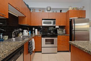 "Photo 9: 205 1175 55 Street in Delta: Tsawwassen Central Condo for sale in ""The Onyx"" (Tsawwassen)  : MLS®# R2346556"