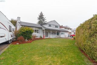 Photo 31: 351 Farview Road in VICTORIA: Co Wishart South Single Family Detached for sale (Colwood)  : MLS®# 406597