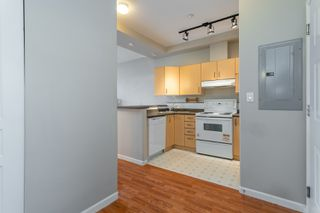 "Photo 9: 407 20200 56 Avenue in Langley: Langley City Condo for sale in ""The Bentley"" : MLS®# R2356698"