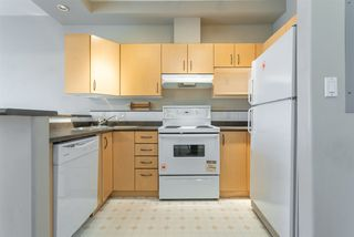 "Photo 8: 407 20200 56 Avenue in Langley: Langley City Condo for sale in ""The Bentley"" : MLS®# R2356698"