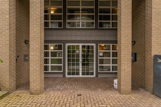 "Photo 5: 407 20200 56 Avenue in Langley: Langley City Condo for sale in ""The Bentley"" : MLS®# R2356698"