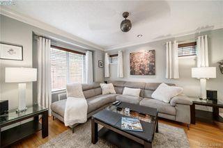 Photo 2: 104 724 Larkhall Rd in VICTORIA: La Langford Proper House for sale (Langford)  : MLS®# 811626