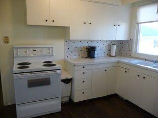 Photo 5: 15252 84 Avenue in Edmonton: Zone 22 House for sale : MLS®# E4154197