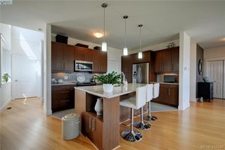 Photo 10: 3650 Propeller Place in VICTORIA: Co Royal Bay Single Family Detached for sale (Colwood)  : MLS®# 410146