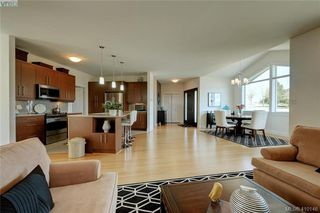 Photo 6: 3650 Propeller Place in VICTORIA: Co Royal Bay Single Family Detached for sale (Colwood)  : MLS®# 410146