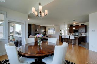 Photo 7: 3650 Propeller Place in VICTORIA: Co Royal Bay Single Family Detached for sale (Colwood)  : MLS®# 410146