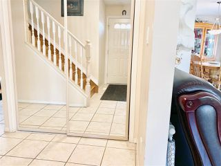 Photo 4: 9223 171 Avenue in Edmonton: Zone 28 House for sale : MLS®# E4155936