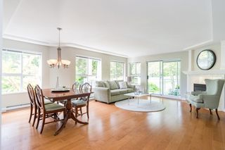 "Photo 2: 203 1281 PARKGATE Avenue in North Vancouver: Northlands Condo for sale in ""Parkgate Place"" : MLS®# R2370616"