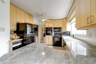 Photo 13: 80 QUESNELL Crescent in Edmonton: Zone 22 House for sale : MLS®# E4157485