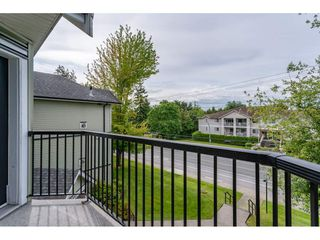"""Photo 18: 301 20881 56 Avenue in Langley: Langley City Condo for sale in """"ROBERT'S COURT"""" : MLS®# R2371965"""