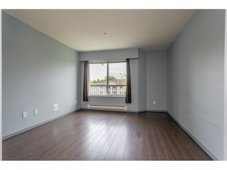 """Photo 13: 301 20881 56 Avenue in Langley: Langley City Condo for sale in """"ROBERT'S COURT"""" : MLS®# R2371965"""