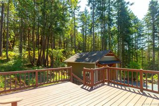 Photo 38: 672 Stewart Mountain Rd in VICTORIA: Hi Eastern Highlands Single Family Detached for sale (Highlands)  : MLS®# 816219