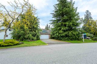 "Photo 2: 13374 18A Avenue in Surrey: Crescent Bch Ocean Pk. House for sale in ""Amblegreen"" (South Surrey White Rock)  : MLS®# R2379809"