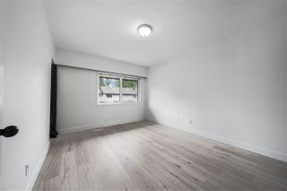 """Photo 11: 17 3046 COAST MERIDIAN Road in Port Coquitlam: Birchland Manor Townhouse for sale in """"WOODSIDE ESTATE"""" : MLS®# R2385328"""