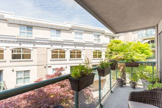 "Photo 18: 225 332 LONSDALE Avenue in North Vancouver: Lower Lonsdale Condo for sale in ""Calypso"" : MLS®# R2386043"