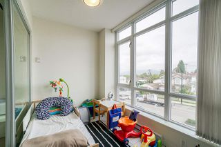 "Photo 13: 211 4818 ELDORADO Mews in Vancouver: Collingwood VE Condo for sale in ""2300 Kingsway"" (Vancouver East)  : MLS®# R2408827"