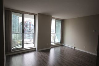 Photo 2: 1608 1212 HOWE STREET in Vancouver: Downtown VW Condo for sale (Vancouver West)  : MLS®# R2410666